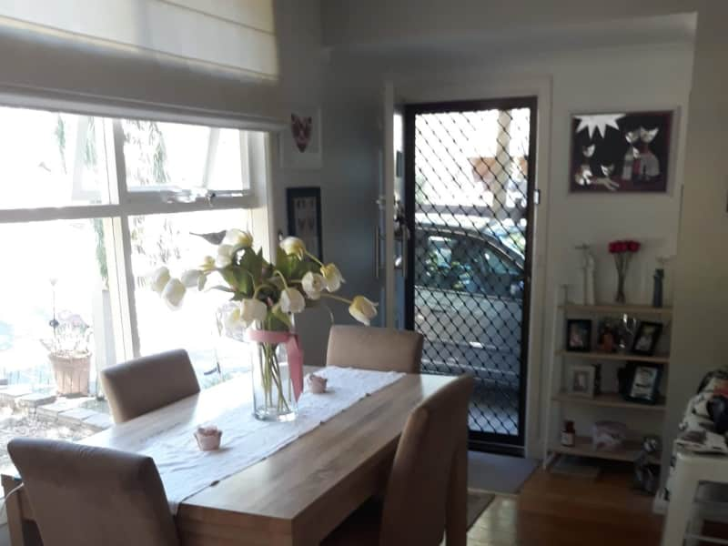 Housesitting assignment in Mitcham, Victoria, Australia