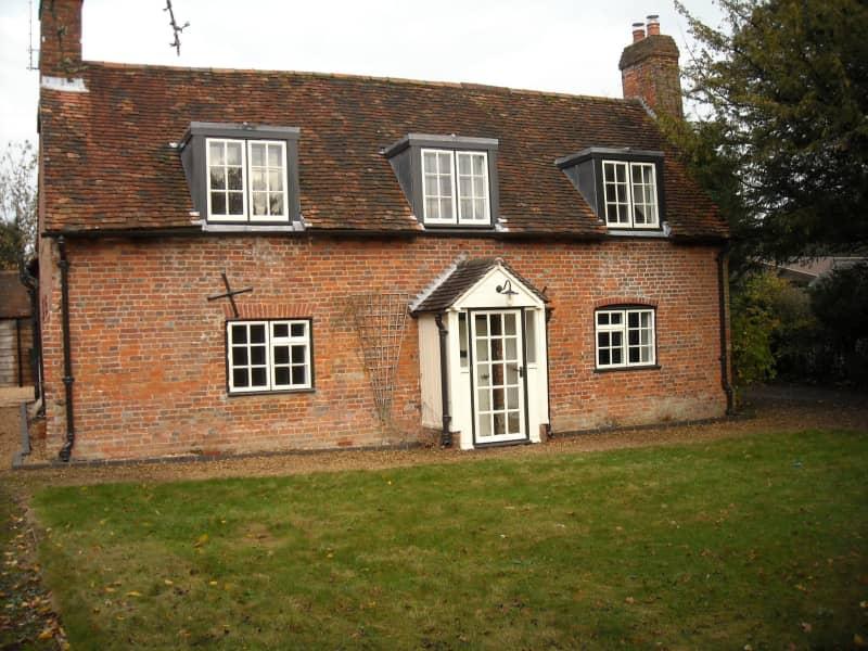 Housesitting assignment in Mottisfont, United Kingdom