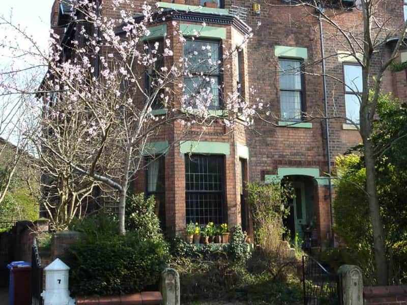 Housesitting assignment in Didsbury, United Kingdom