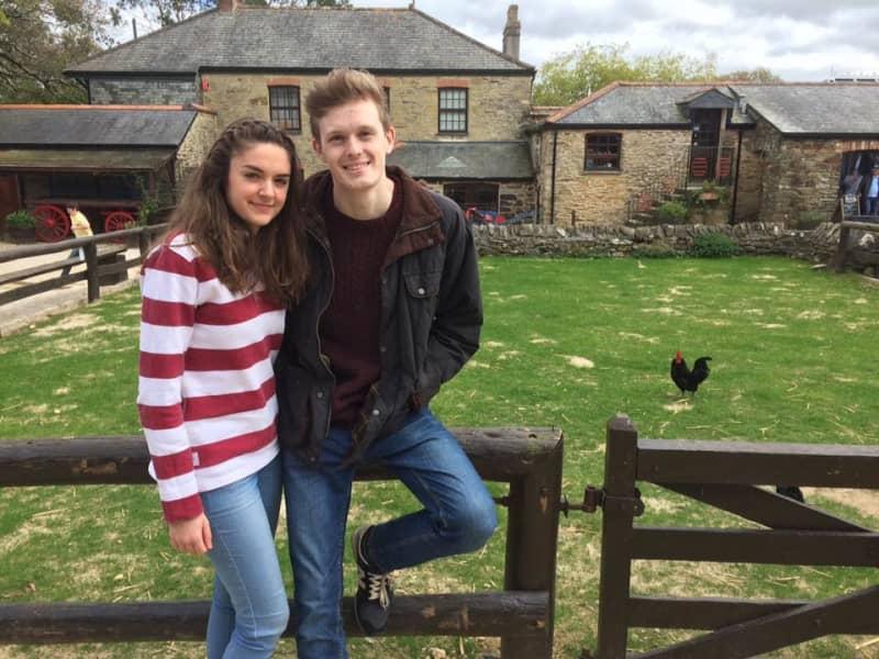 Oliver & Jess from Newark on Trent, United Kingdom