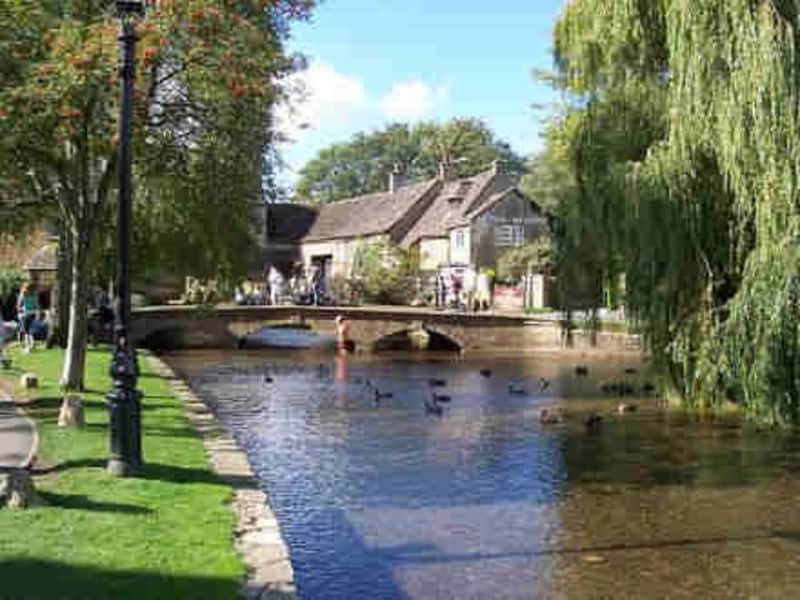 Housesitting assignment in Moreton in Marsh, United Kingdom