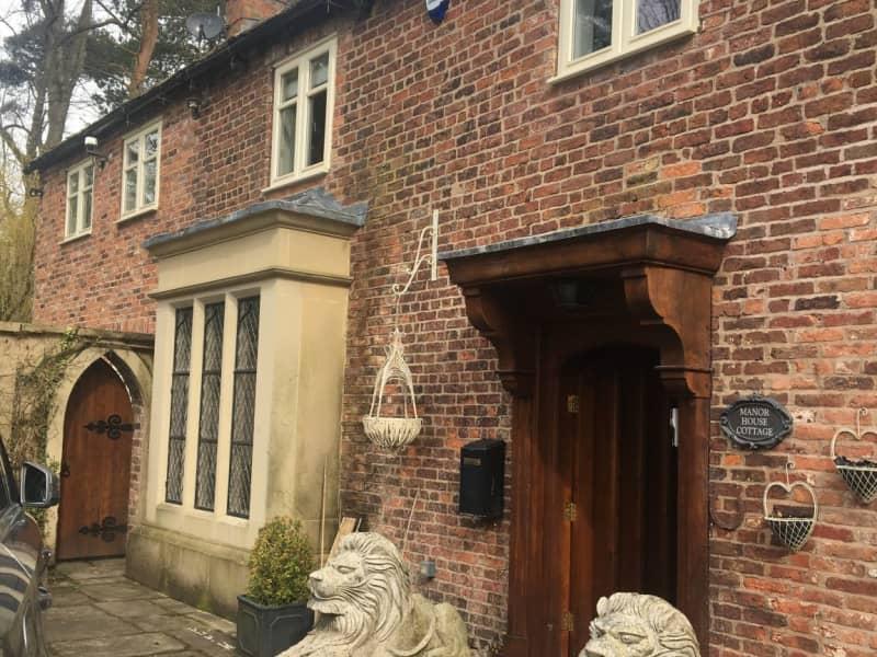 Housesitting assignment in Prestbury, United Kingdom