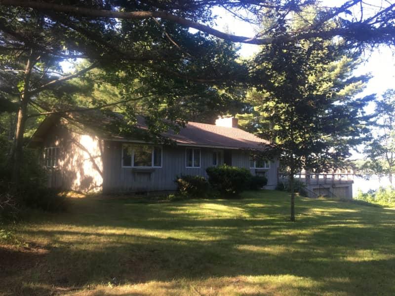 Housesitting assignment in Jaffrey, New Hampshire, United States