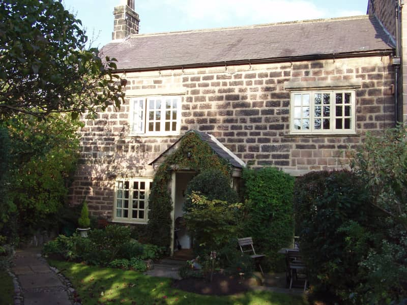 Housesitting assignment in Wetherby, United Kingdom