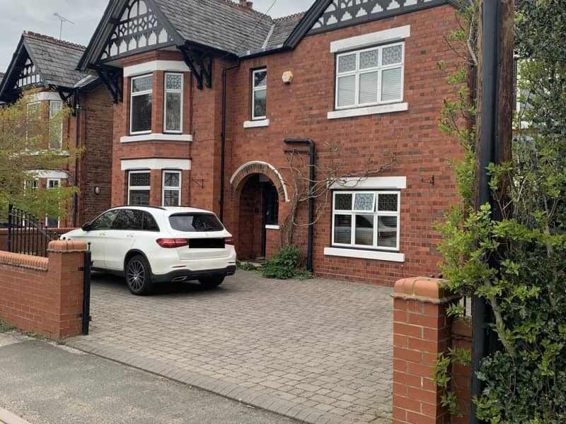 Housesitting assignment in Nantwich, United Kingdom
