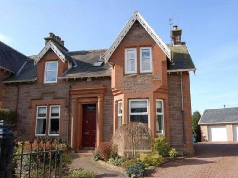 Housesitting assignment in Lanark, United Kingdom