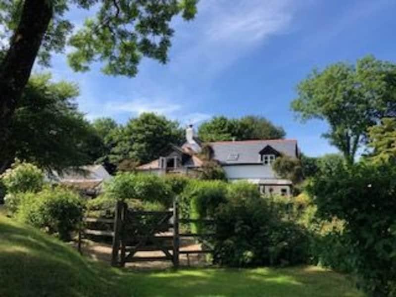 Housesitting assignment in Woolfardisworthy, United Kingdom