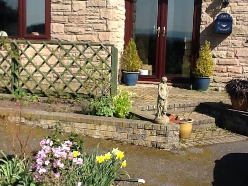 Housesitting assignment in Cheadle, United Kingdom