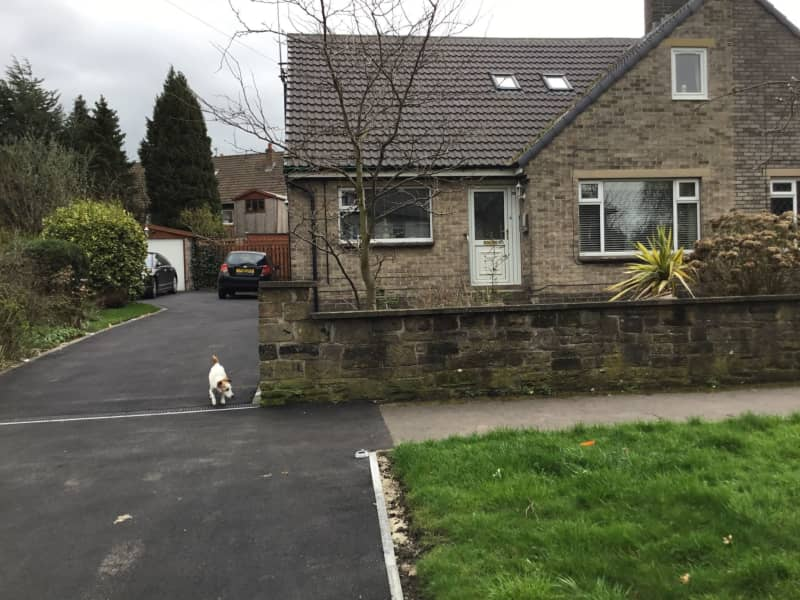 Housesitting assignment in Huddersfield, United Kingdom