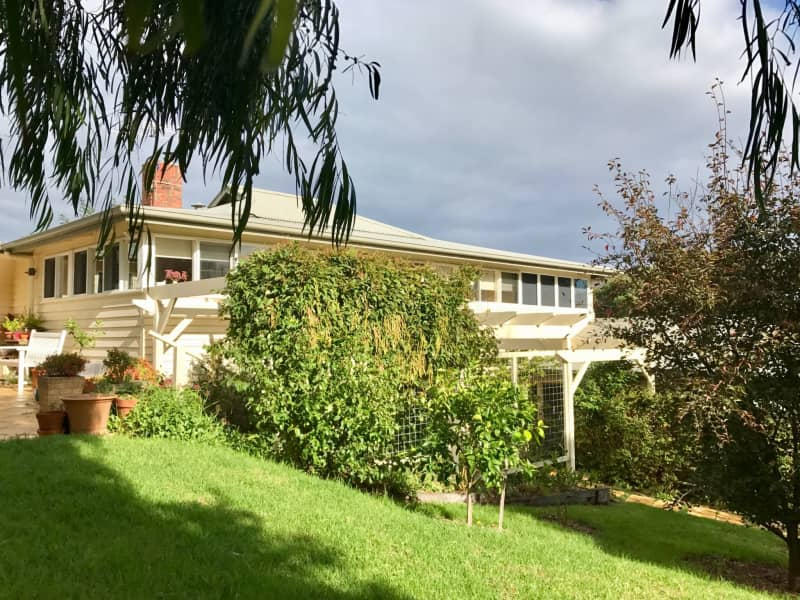 Housesitting assignment in Aireys Inlet, Victoria, Australia