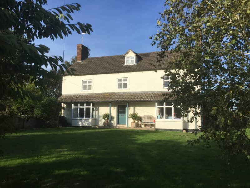 Housesitting assignment in Whitchurch, United Kingdom