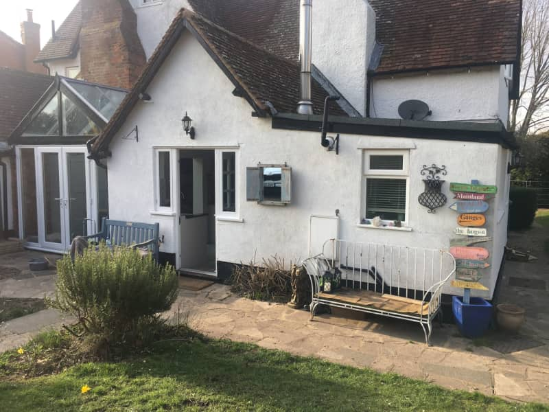 Housesitting assignment in Wendover, United Kingdom