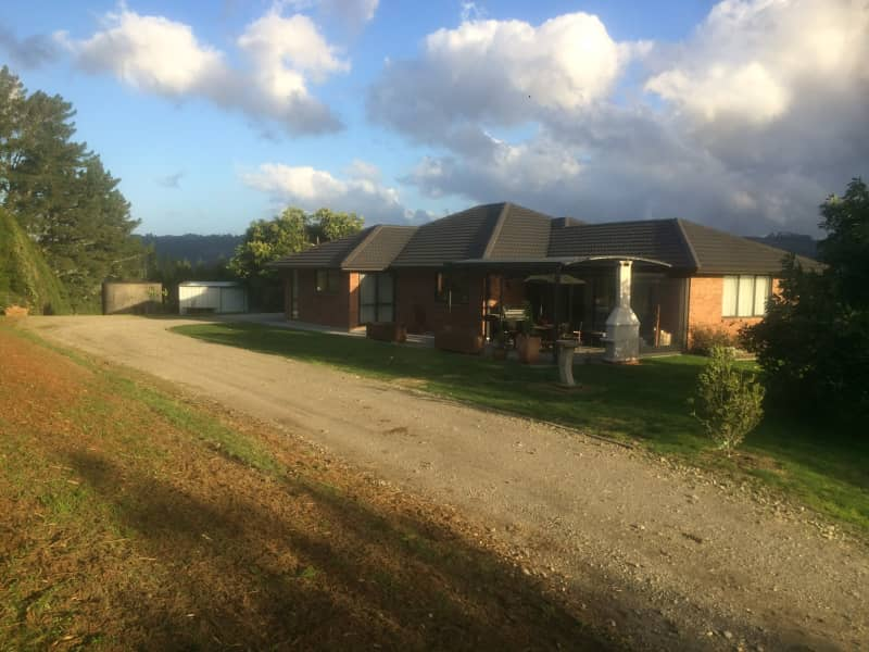 Housesitting assignment in Te Puna, New Zealand