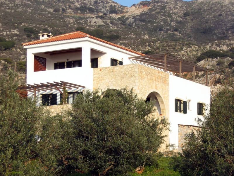 Housesitting assignment in Kalyves, Greece