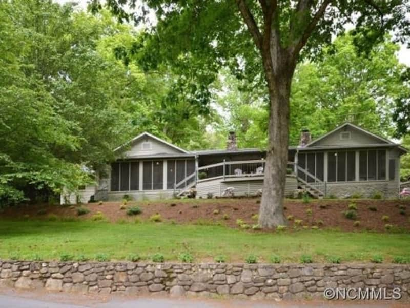 Housesitting assignment in Waynesville, North Carolina, United States