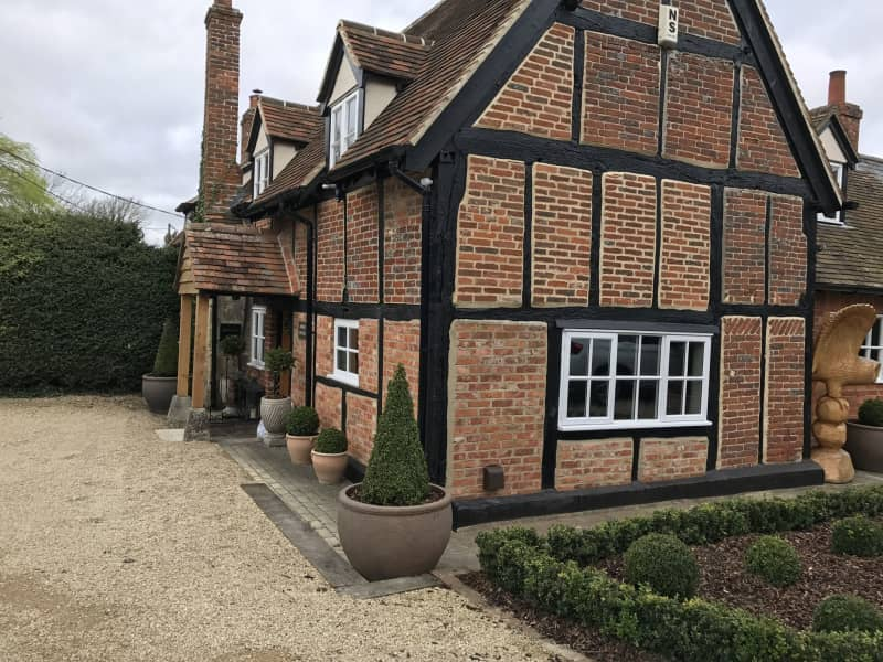 Housesitting assignment in Waterperry, United Kingdom