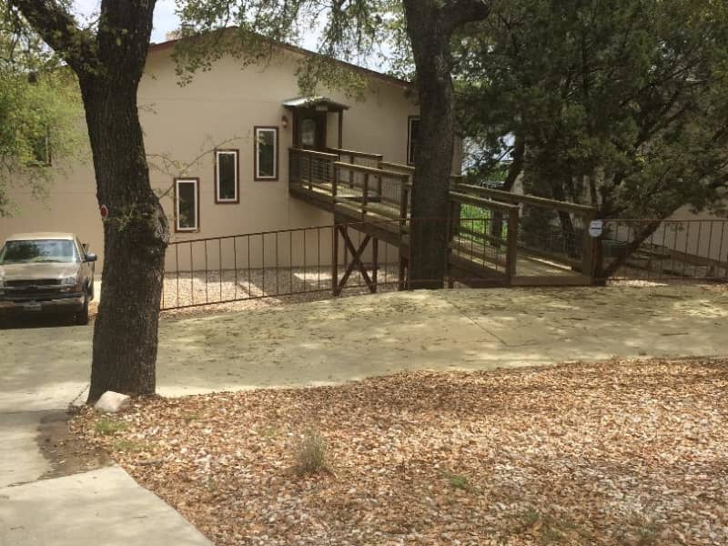 Housesitting assignment in Canyon Lake, Texas, United States