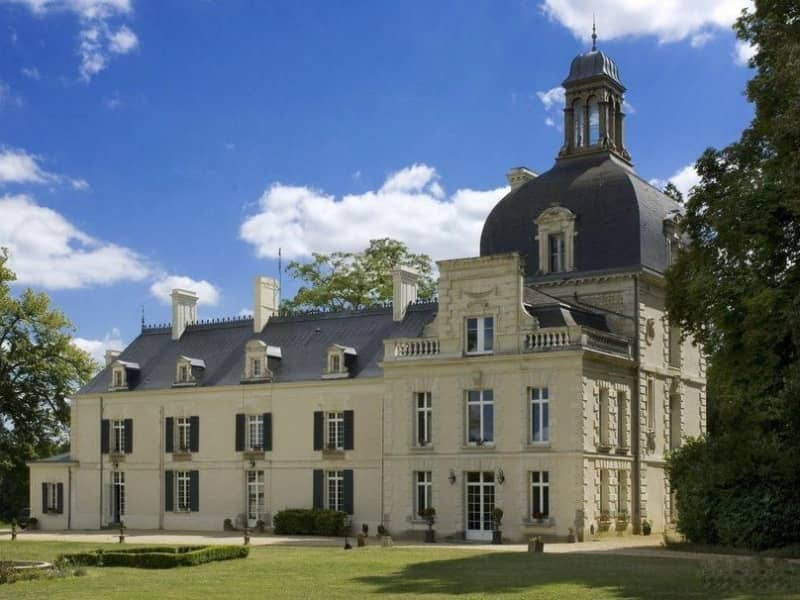 Housesitting assignment in Razines, France