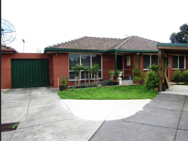 Housesitting assignment in Reservoir, Victoria, Australia