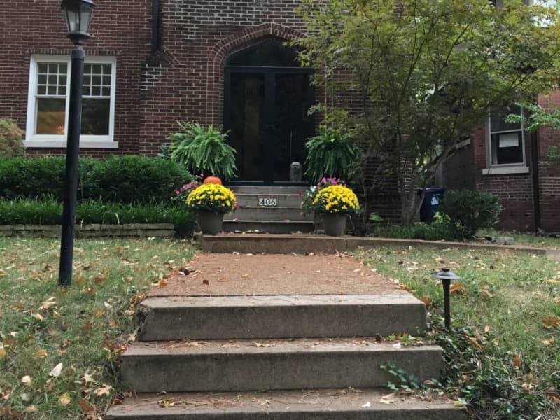 Housesitting assignment in University City, Missouri, United States