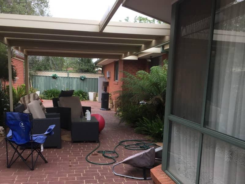 Housesitting assignment in Brookfield, Victoria, Australia