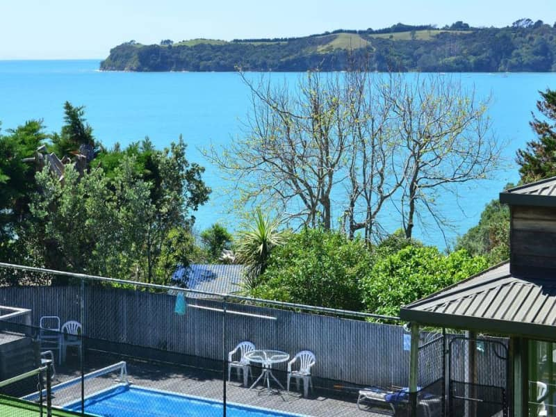Housesitting assignment in Stanmore Bay, New Zealand