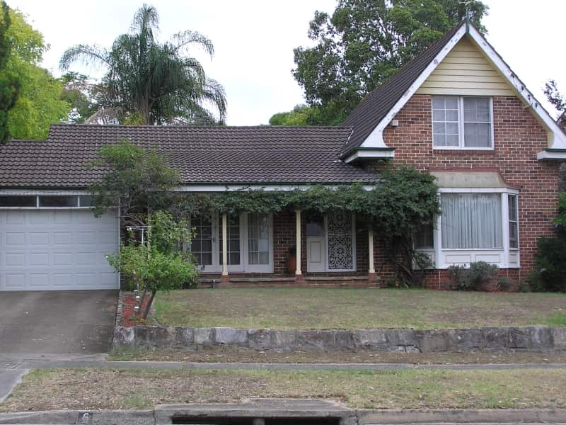 Housesitting assignment in Winston Hills, New South Wales, Australia