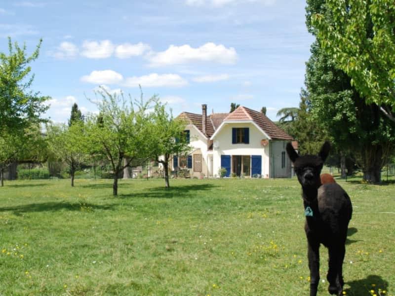 Housesitting assignment in Trémons, France