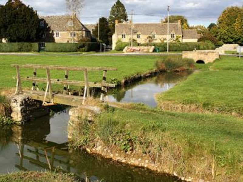 Housesitting assignment in Bledington, United Kingdom