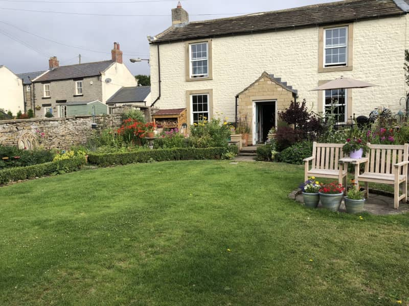 Housesitting assignment in Bellerby, United Kingdom