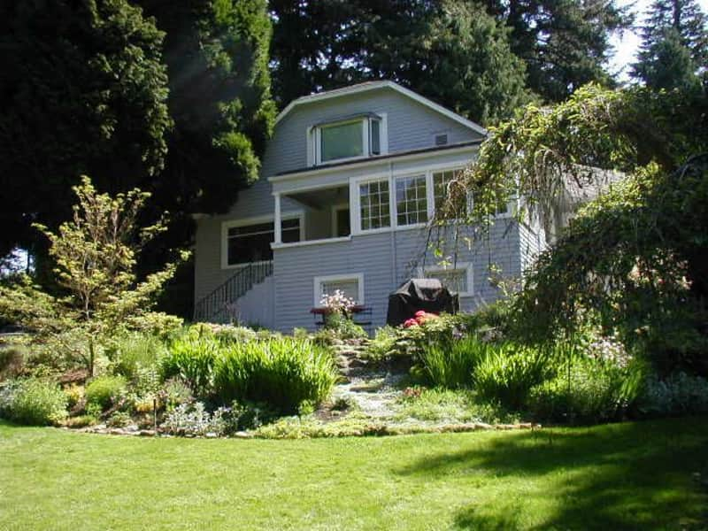 Housesitting assignment in Shoreline, Washington, United States