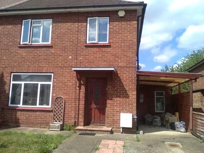 Housesitting assignment in Ruislip, United Kingdom