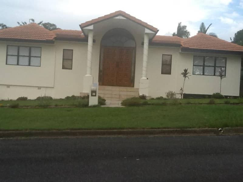 Housesitting assignment in Indooroopilly, Queensland, Australia
