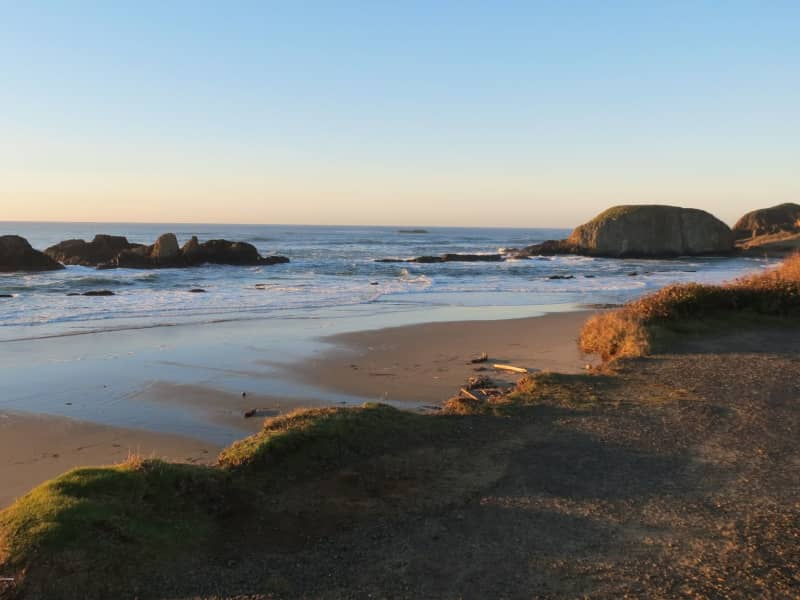 Housesitting assignment in Seal Rock, Oregon, United States