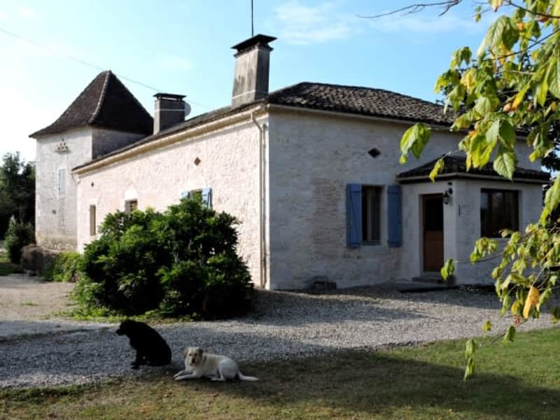 Housesitting assignment in Bournel, France
