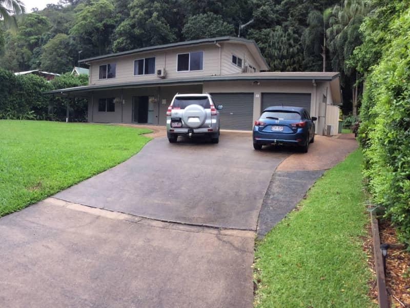 Housesitting assignment in Caravonica, Queensland, Australia