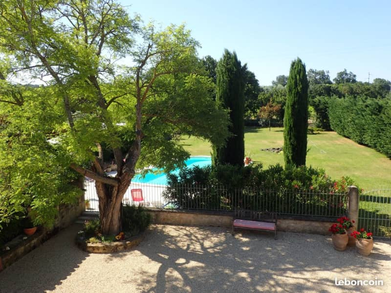 Housesitting assignment in Mallemort, France