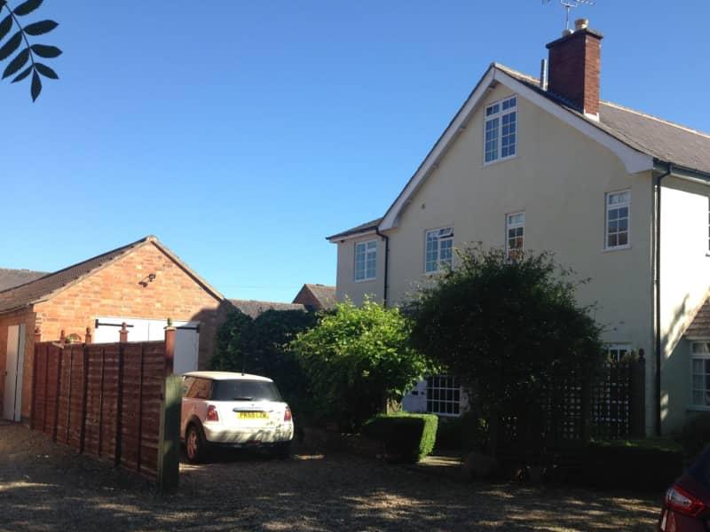 Housesitting assignment in Thrussington, United Kingdom
