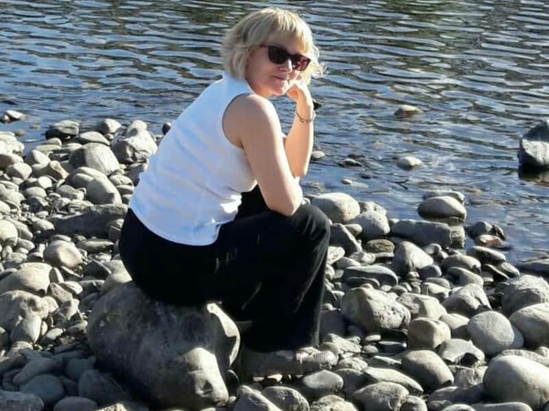 Linda from Falkirk, United Kingdom