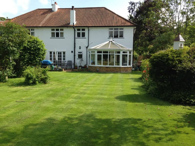Housesitting assignment in West Horsley, United Kingdom