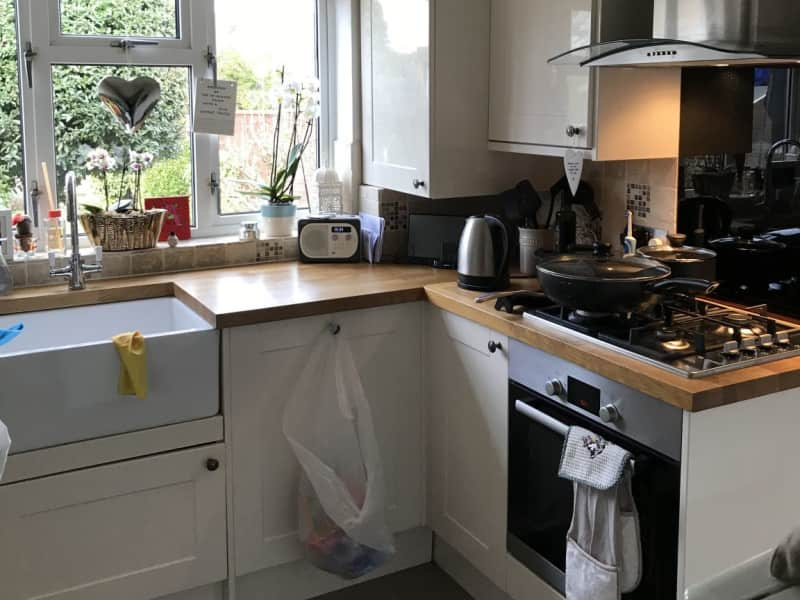 Housesitting assignment in Chertsey, United Kingdom