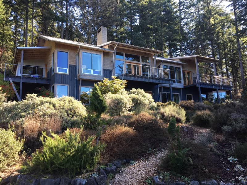 Housesitting assignment in Vashon, Washington, United States
