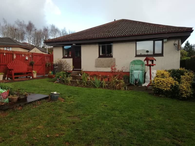 Housesitting assignment in Glenrothes, United Kingdom