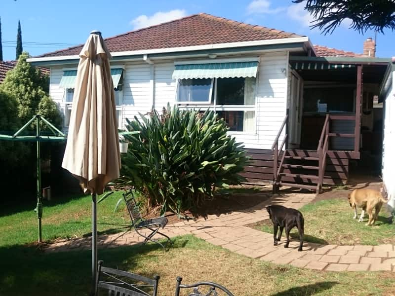 Housesitting assignment in Niddrie, Victoria, Australia