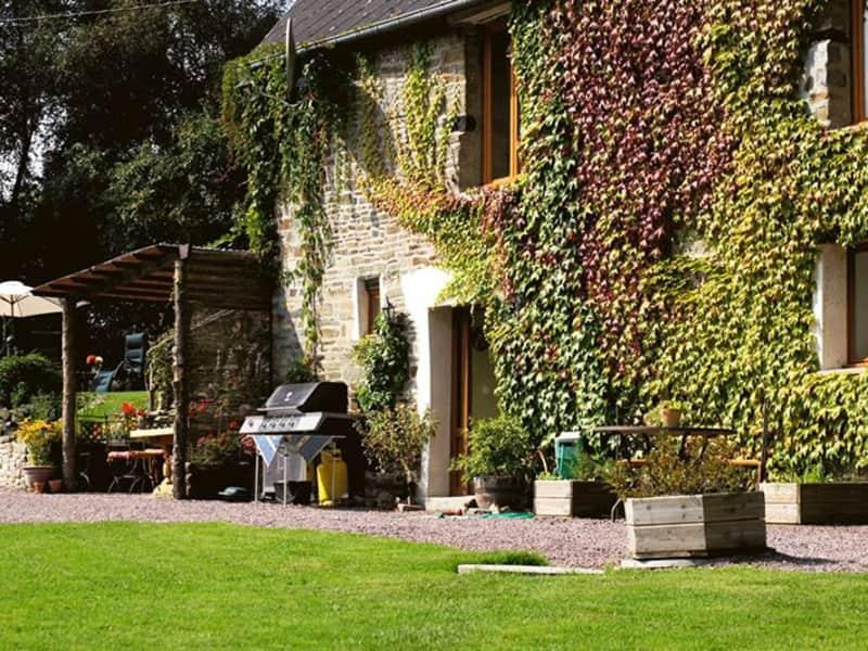 Housesitting assignment in Condé-sur-Noireau, France