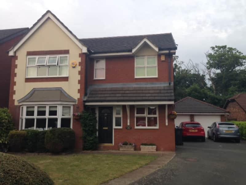 Housesitting assignment in Warrington, United Kingdom