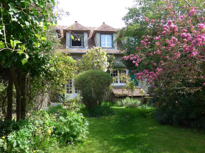 Housesitting assignment in Rambouillet, France