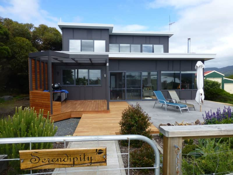 Housesitting assignment in Falmouth, Tasmania, Australia