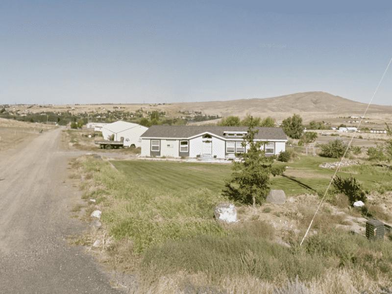 Housesitting assignment in Benton City, Washington, United States