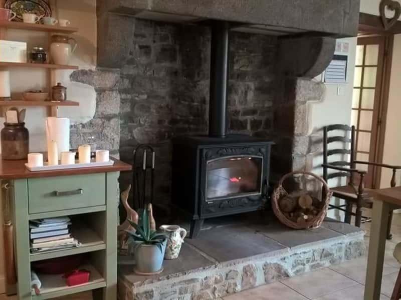 Housesitting assignment in Villedieu-les-Poêles, France